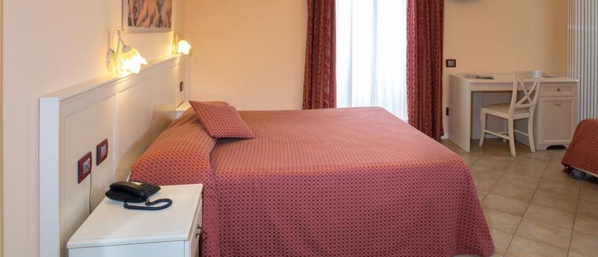 Hotel Mayer Bedroom.jpg